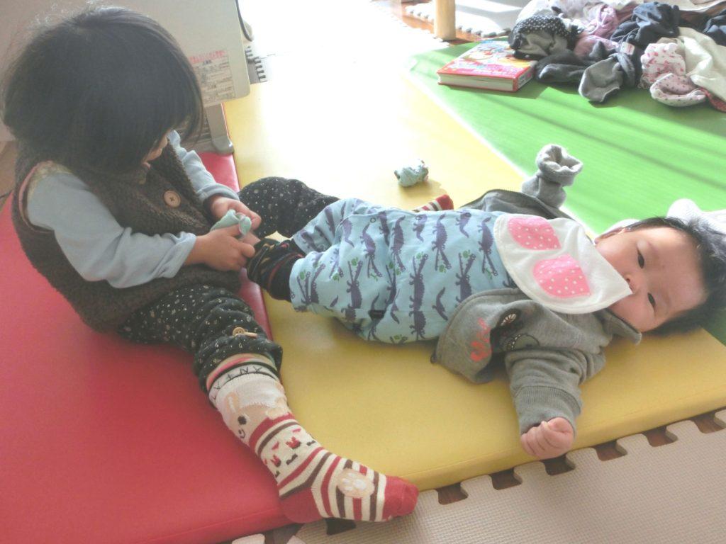 赤ちゃんのお世話を手伝ってもらう